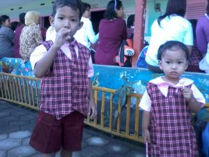first day at school :) \(^,^)/