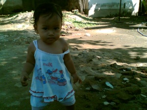 Shafa usia 12 bulan, sudah bisa jalan