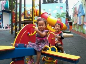 main jungkat-jungkit at Jatim Park 1